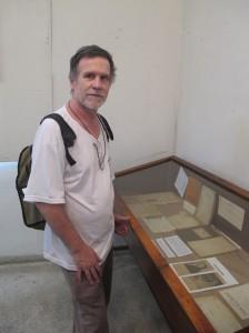 O jornalista João Antônio Buhrer de Almeida, curador da exposição