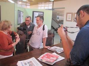 Muitos cinéfilos e personalidades do mundo cultural de Campinas na abertura da exposição (Foto José Pedro Martins)